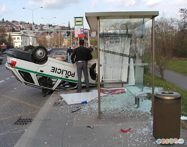 uff-jeste-stihnu-autobus.jpg