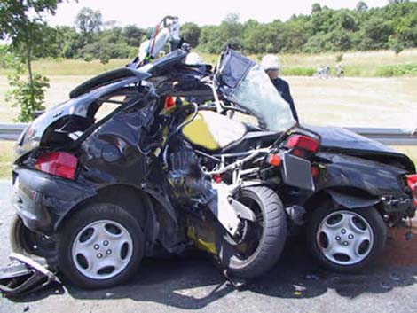 moto-vs-auto.jpg