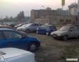 zena-na-parkovisti_tn.jpg